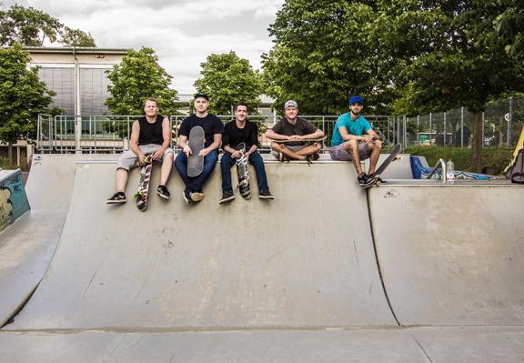 Street-Surfers 07/2015