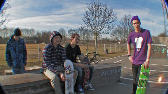 Street-Surfers 02/2012